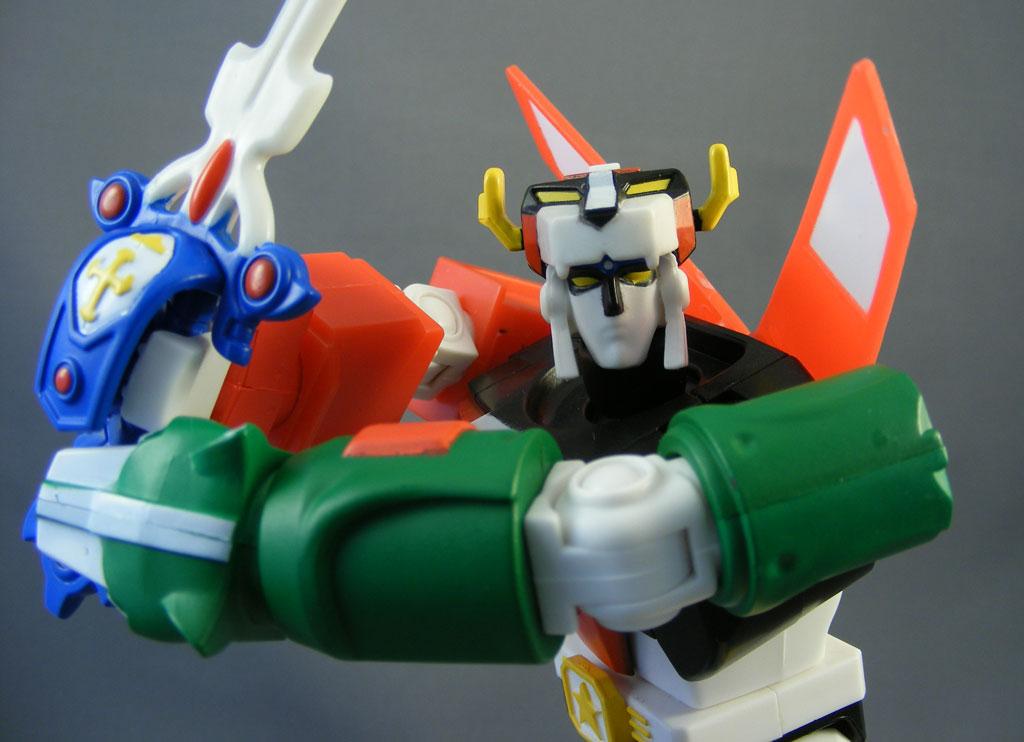 Review > 6″ Blazing Sword Voltron (Voltron, Mattel)