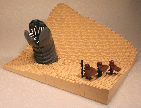 DuneSandWormLego3