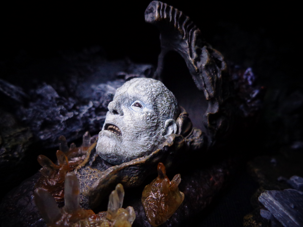 Review > The Deacon (Prometheus, NECA) : PoeGhostal com