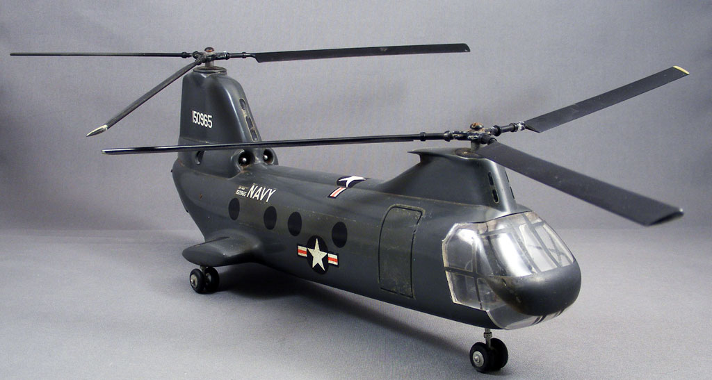 Show and Tell > Boeing Vertol CH-46 Sea Knight Model
