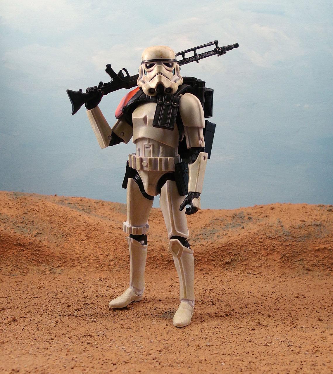 Sandtrooper-star-wars-black-6