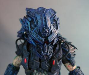 battle-armor-lost-predator-neca-poe-ghostal-review-helmet